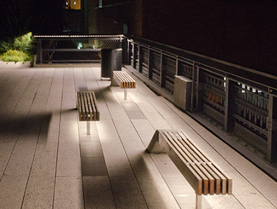 LED lighting on highline walkway